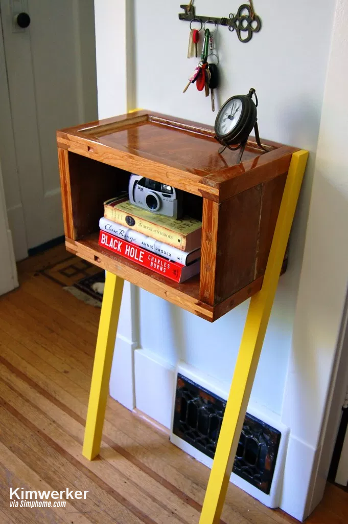 4 Upcycled Old Door Now to a Side Table via simphome
