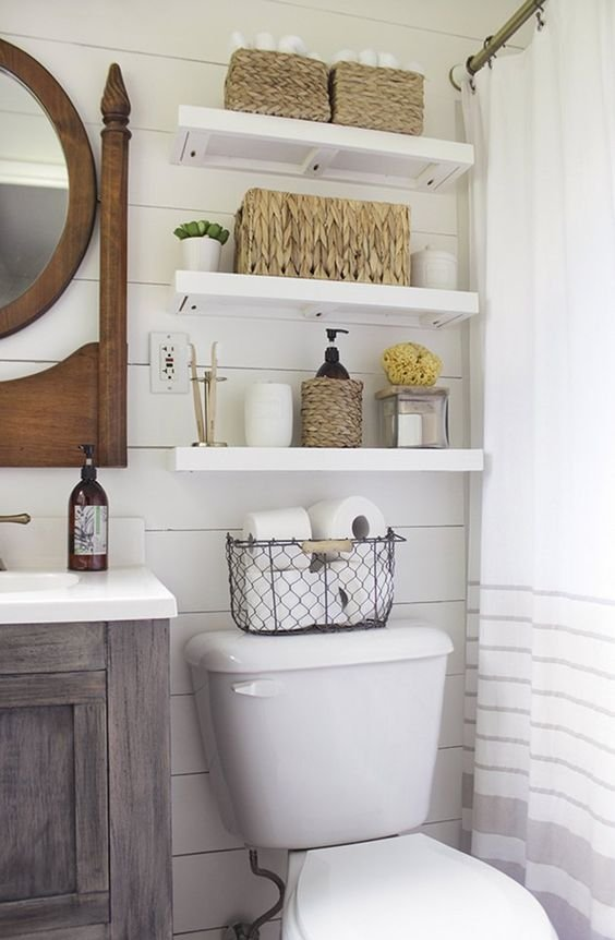 Bathroom with shelves and rattan baskets