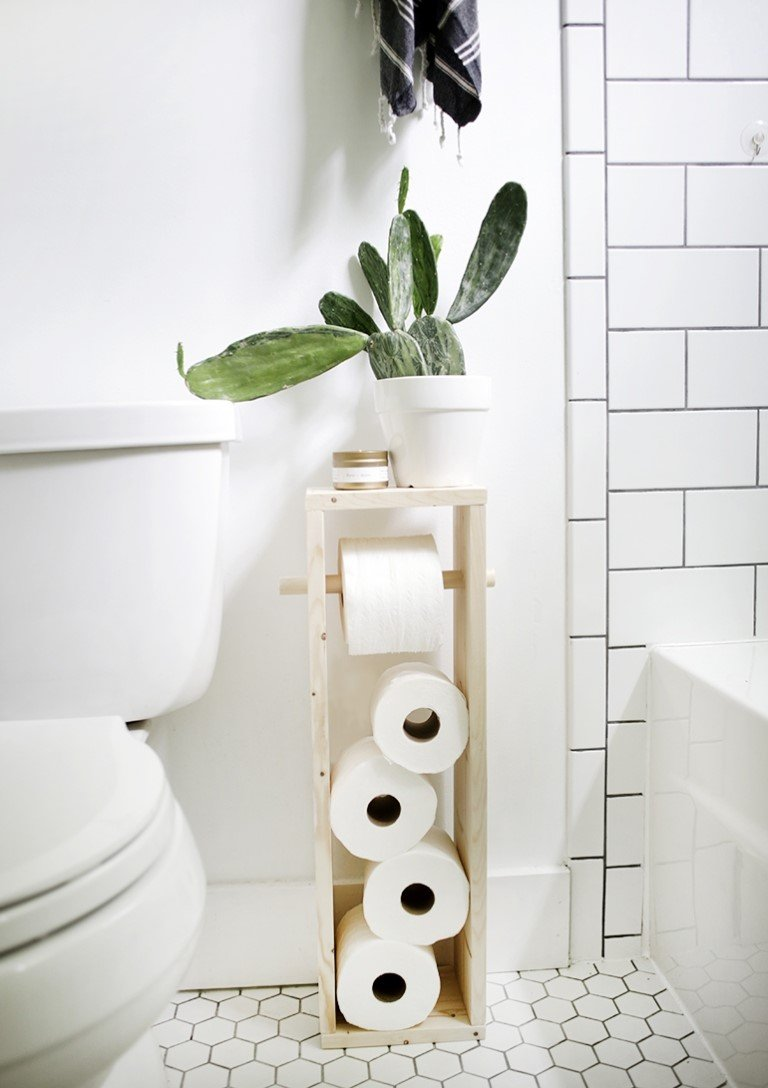 8 DIY Toilet Paper Stand by the Merrythought simphome com