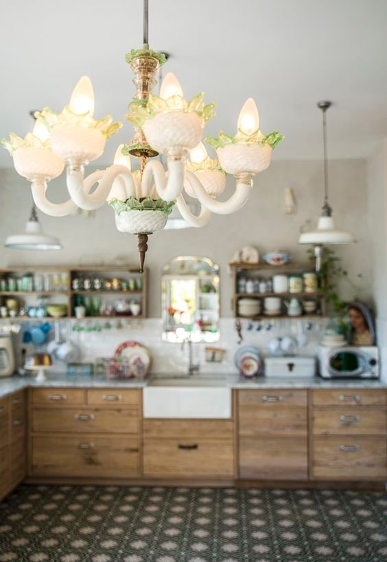 48 A Family home in Israel filled with Vintage Simphome