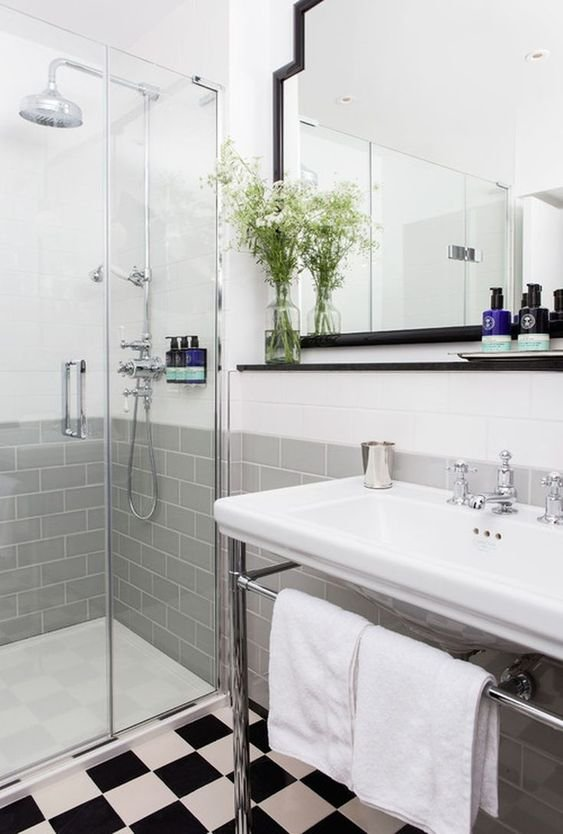 20 Classic Gray and White Bathrooms simphome
