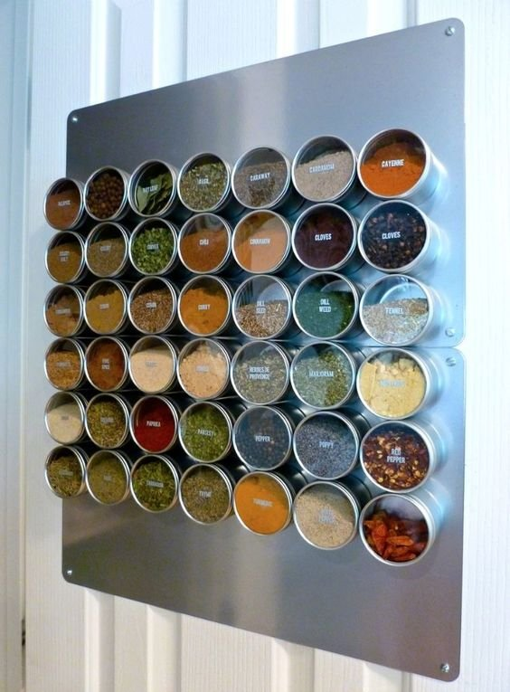 249 Magnetic Spice Rack ala instructables