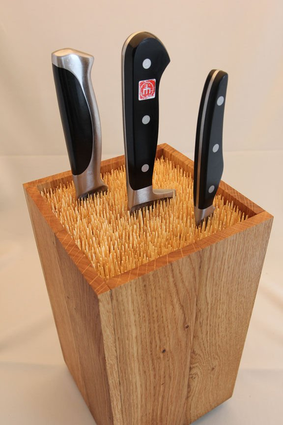 306 Universal Knife Block by Martin Robitsch via simphome