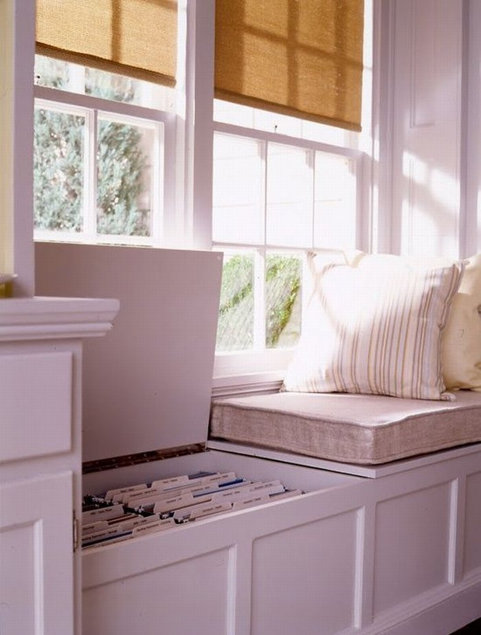 10 Bench with Hidden Cabinets via simphome