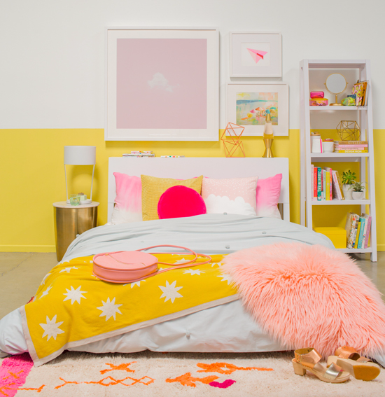 3. Cheer It up with Pops of Colors via Simphome