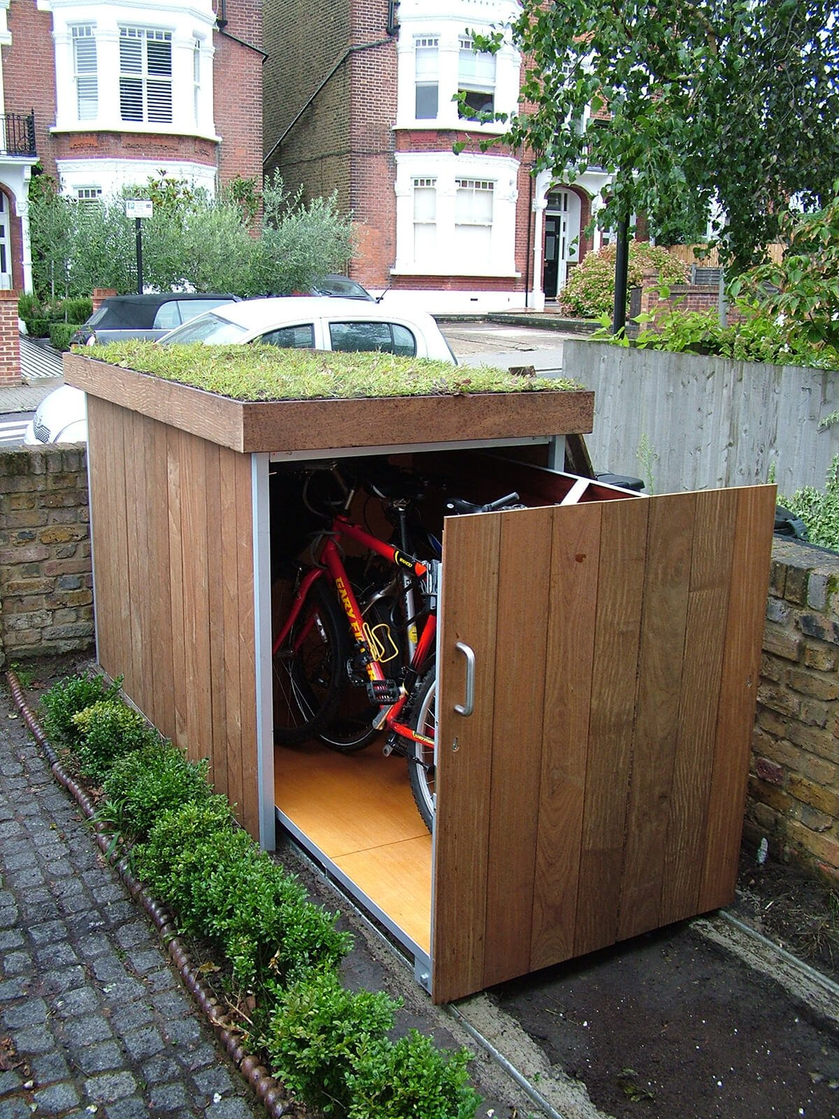 11.SIMPHOME.COM best small storage shed projects ideas and designs for 2019