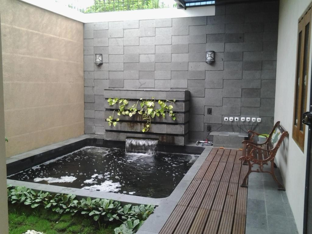 2.SIMPHOME.COM Fish pond and relaxation site