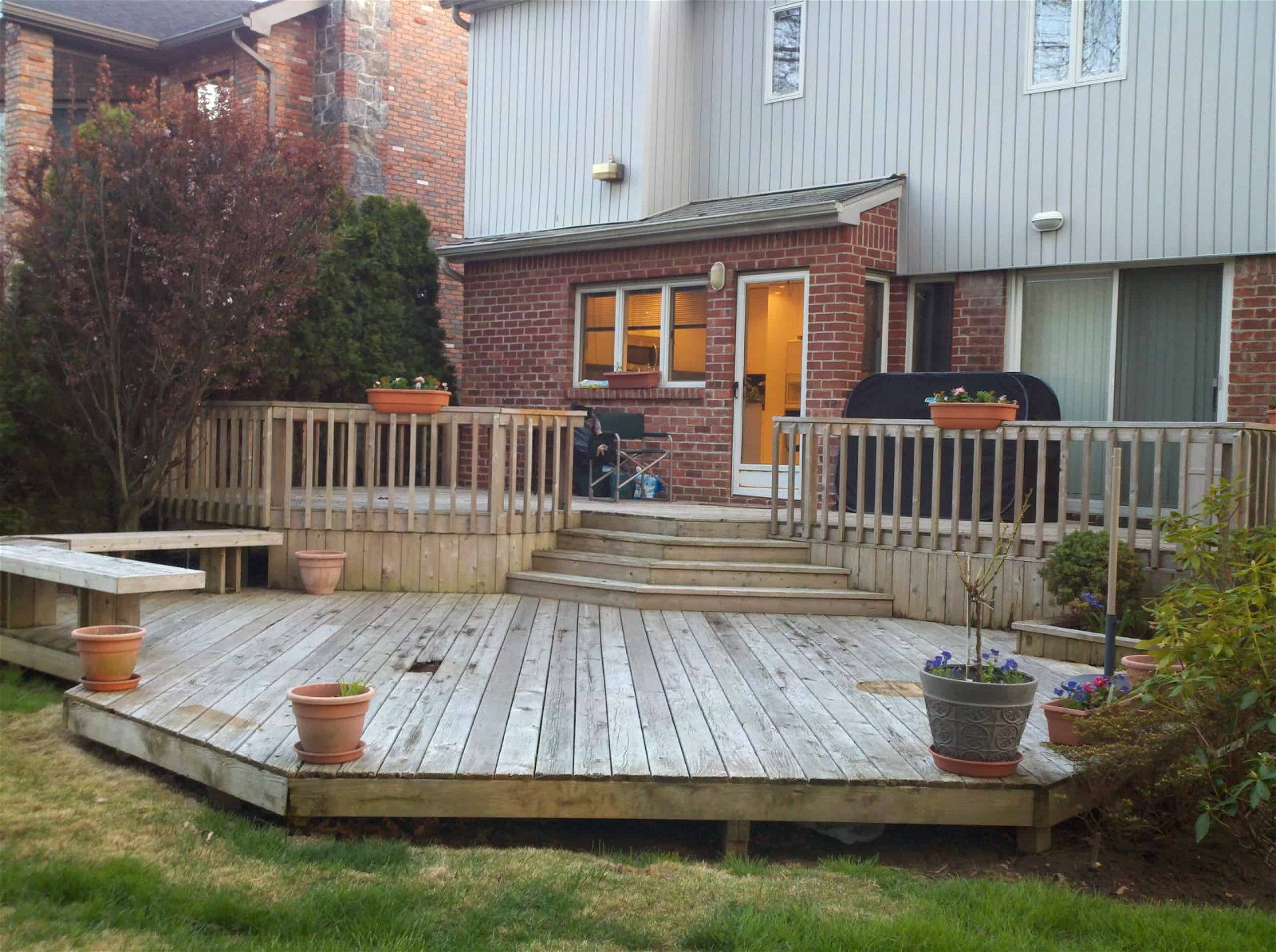 20.SIMPHOME.COM A sloped backyard deck ideas air home products easy and inspiring for backyard deck ideas
