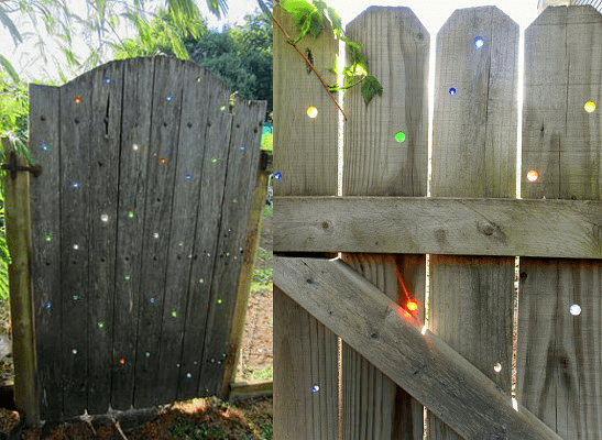 5.Simphome.com Fence with Marbles