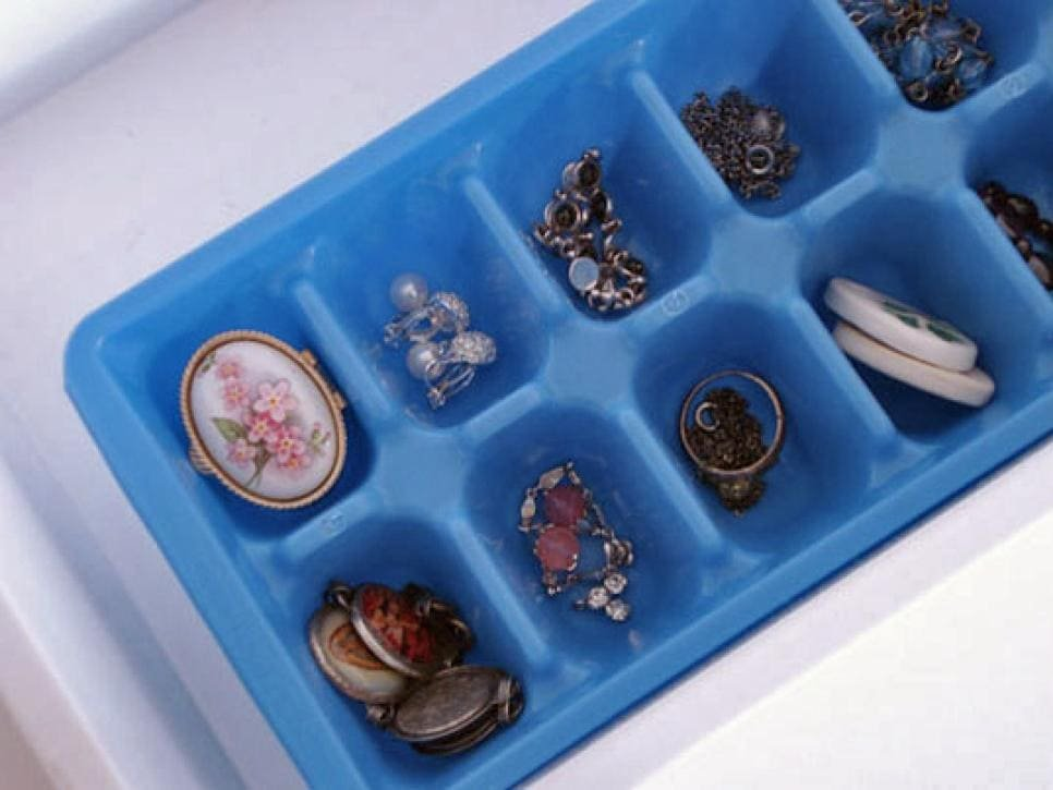 5.Simphome.com Ice Cube Tray for Your Jewellery