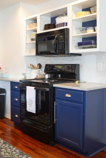 7.Change your Cabinet Color and make it More Attractive After via Simphome.com