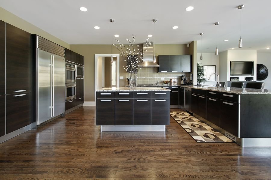 9.Laminate and Make Your Floor Look Stunning via Simphome.com