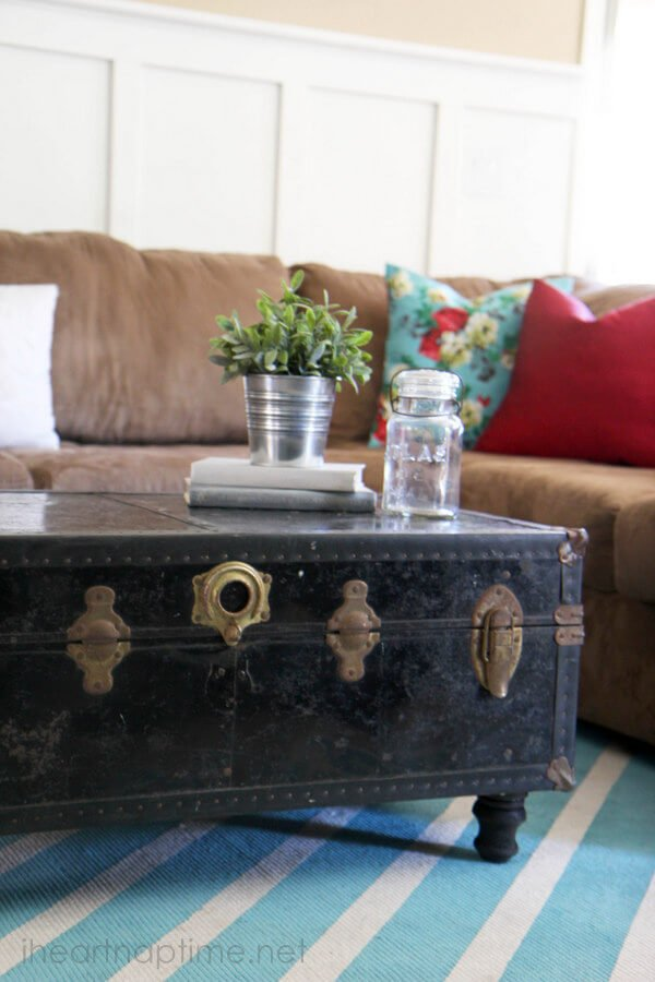 9. How to turn old chest to a vintage coffee table by simphome.com
