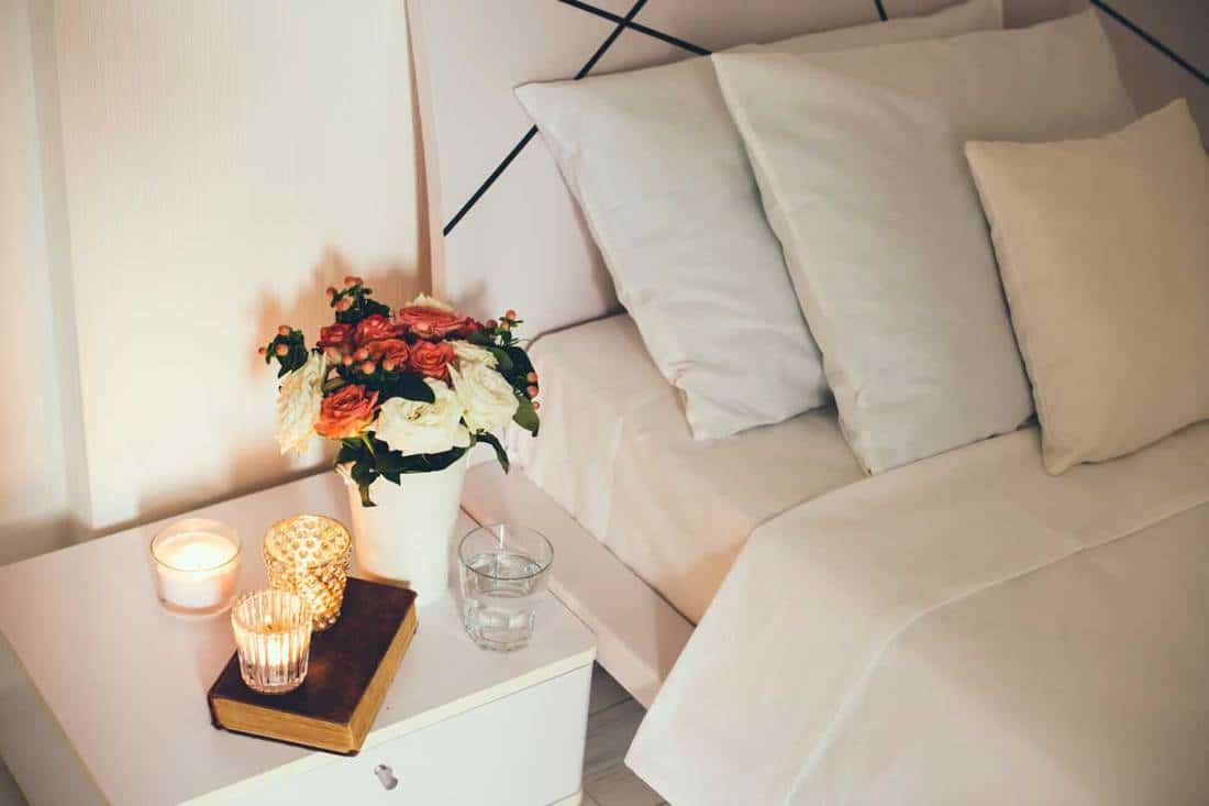 Simphome Featured Do Bedside Tables with Fragrance to Match the Bed 8 Picture Homedecorbliss