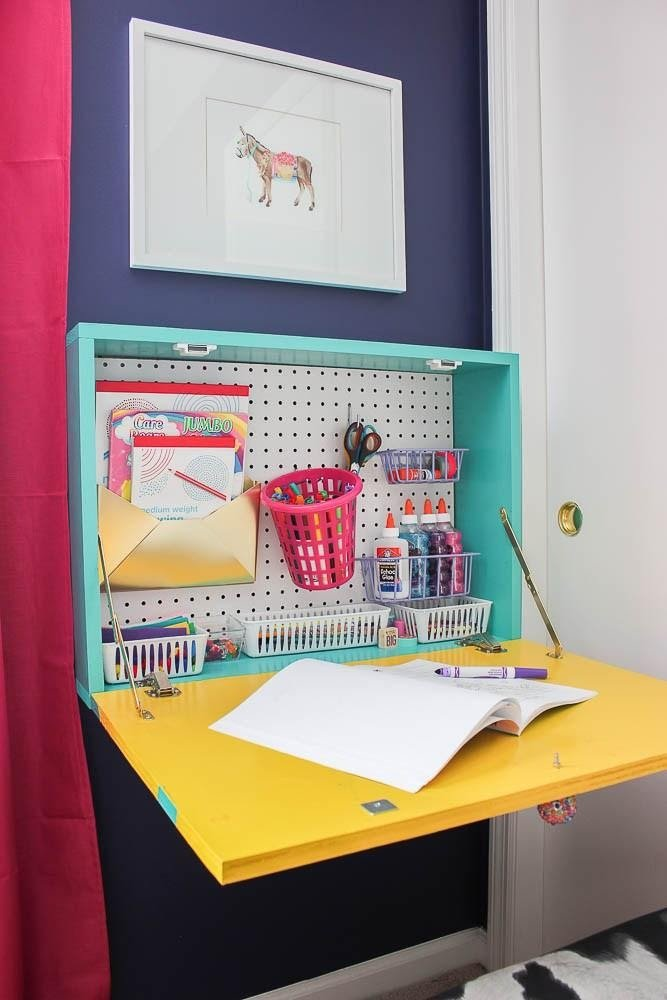 4. DIY Wall Mounted Desk by simphome.com