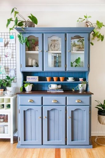 10. Mid Century Style Kitchen by simphome.com .