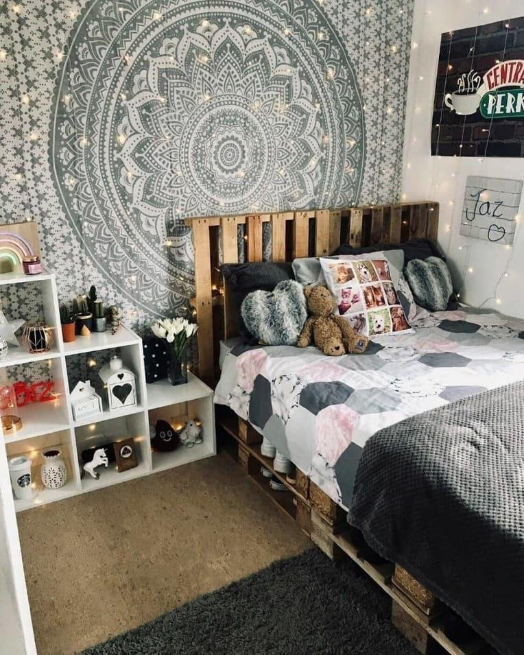 11.A Rustic Pallet Bed with A Headboard by simphome.com